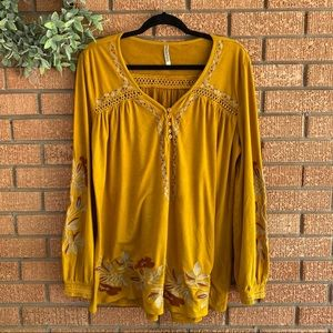 Monoreno Suede Embroidered Boho Top
